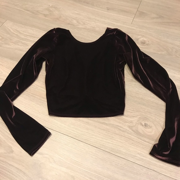 Abercrombie & Fitch Tops - A&F Velvet Long Sleeve Crop